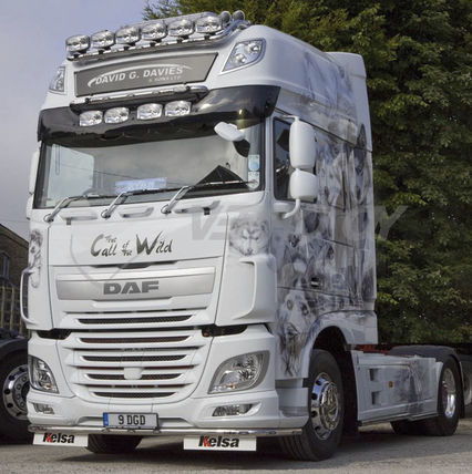 DAF XF105/106 SUPER SPACE CAB, 80mm DEEPER, 4 OVAL HEADLIGHTS INTEGRATED, SUNVISOR